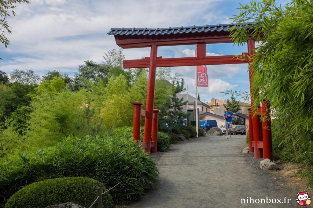 D couverte du plus grand jardin japonais d 39 europe for Statue japonaise pour jardin